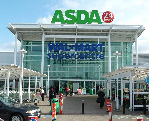 Supermarket ASDA oferował księżnej stałe miejsce parkingowe pod sklepem.