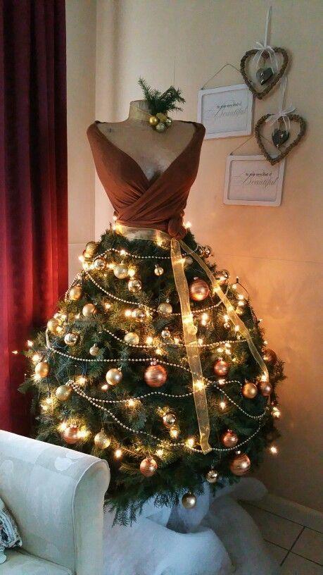 Choinka W Wersji Nowoczesnej 24 Kreatywne Pomysły Na świąteczne Drzewko