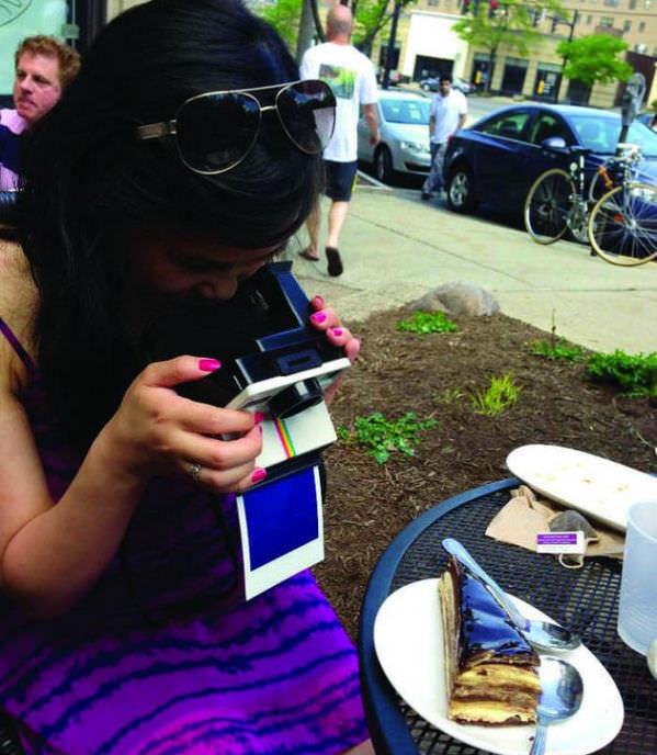 1. Polaroidy i fotografia jedzenia
