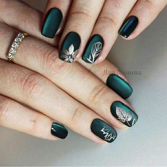 Szmaragdowy Manicure To Gorący Trend Jesieni Zobaczcie Jak