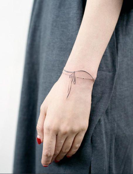 Tatuaże Na Nadgarstku Baza Pomysłów Na Mały Wzór