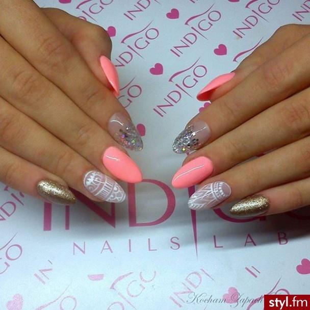 2bdca77e0b929 Poznaj najnowsze inspiracje manicure! Same kobiece i charyzmatyczne ...
