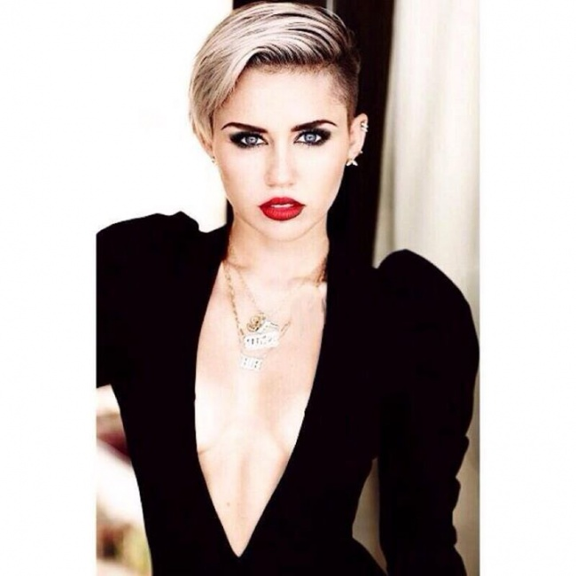 Miley Ray Cyrus - Destiny Hope Cyrus