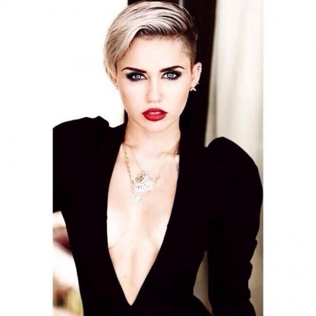 Miley Ray Cyrus - Destiny Hope Cyrus
