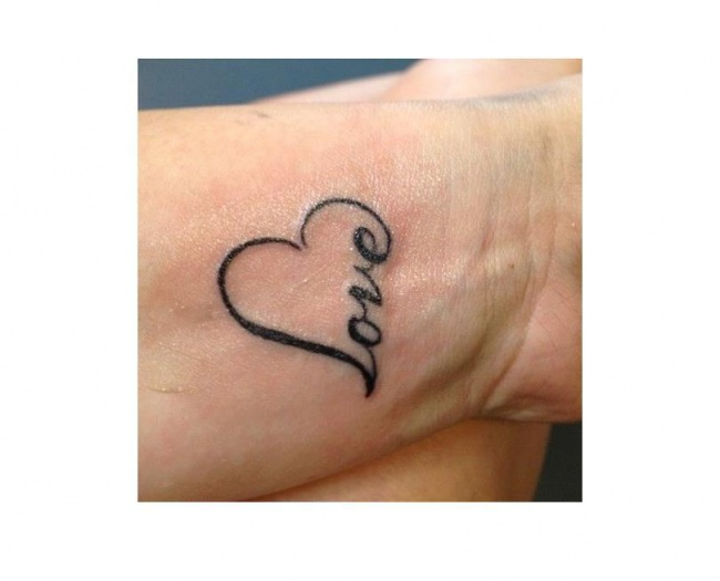 Tatuaż Serce Wzory Na Nadgarstek Stopy I Kark