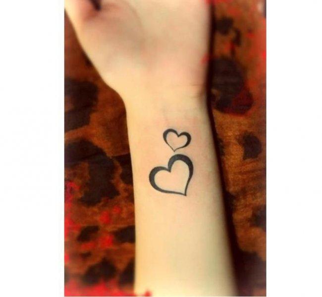 Mały Tatuaż Z Serduszkiem Wzory Tak Urocze że Będziecie