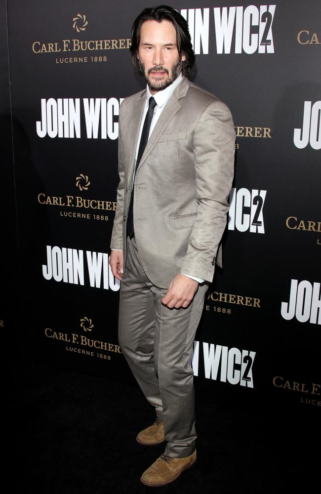 Keanu Reeves Ma 52 Lata Tak Wyglądał 20 Lat Temu A Dziś Szok