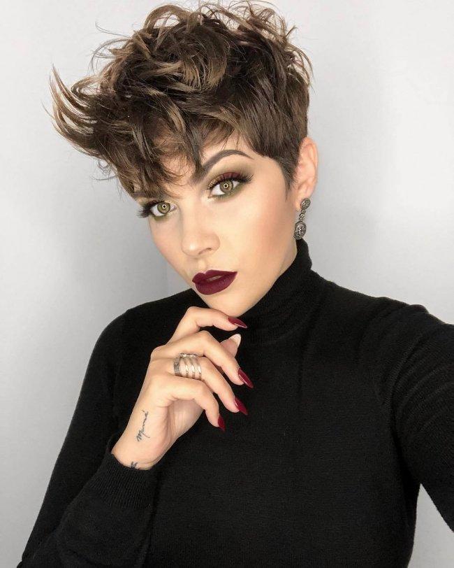 Modne Krótkie Fryzury 2019 Powracają Cięcia Włosów Stylizowane Na