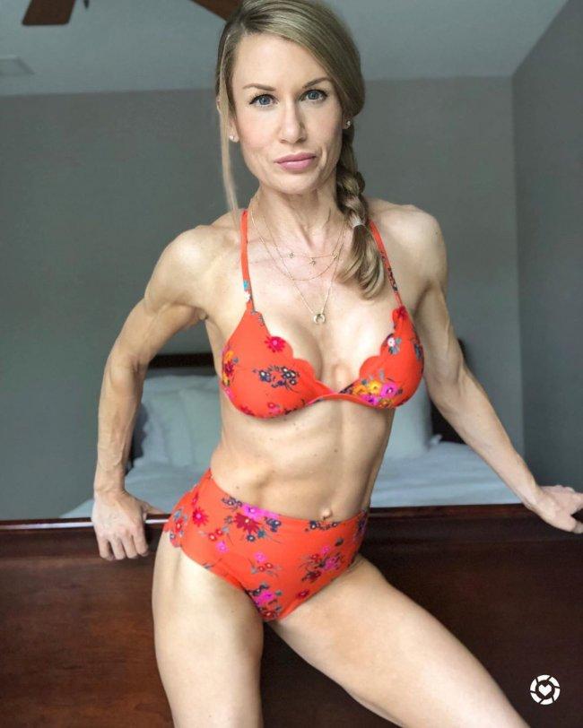Shannon pięknie wyrzeźbiła ciało, ale nie wszystkim się podoba. Zobaczcie, jak kiedyś wyglądała
