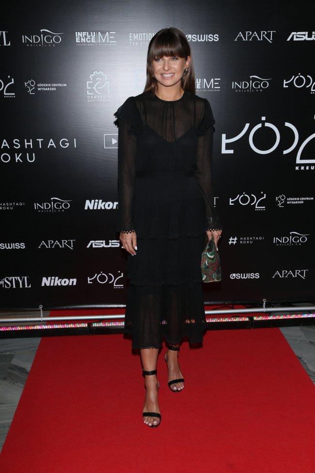 Anna Lewandowska w sukience z jedwabiu