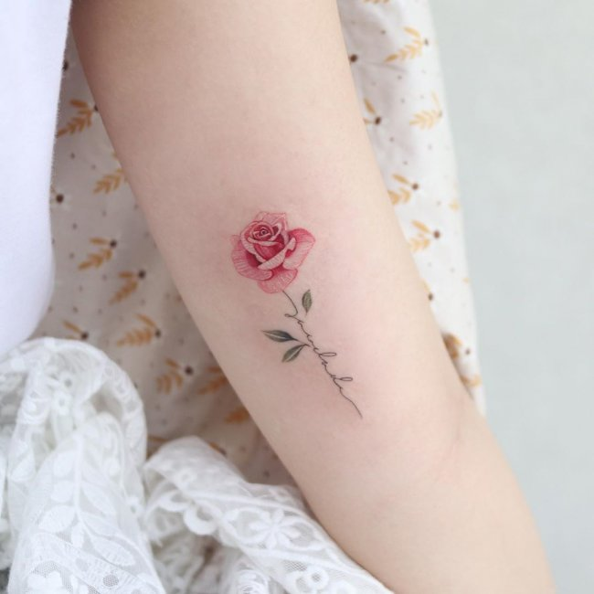 Tatuaże Kwiaty Galeria Pięknych I Zmysłowych Wzorów